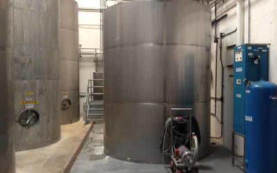 Wine industry nitrogen gas generator